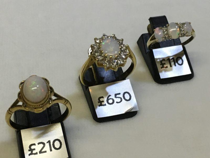 gold-opal-rings